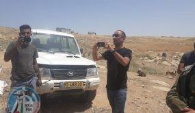 الاحتلال يخطر بهدم ثلاث خيم سكنية بمسافر يطا