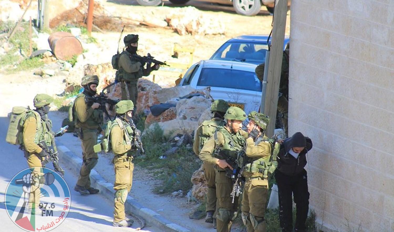الاحتلال اعتقل 341 مواطنا بينهم 32 طفلا و3 سيدات في أيلول المنصرم