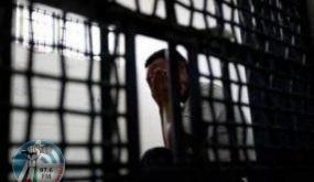 60 أسيرًا يشرعون بإضراب مفتوح عن الطعام اليوم