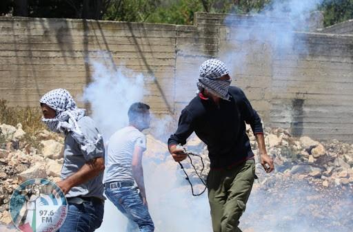 الاحتلال يقمع مسيرة شرق طوباس