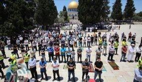 20 ألفا يؤدون الجمعة في المسجد الأقصى