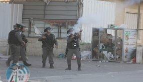 إصابات بالغاز خلال مواجهات في دير أبو مشعل