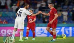 حكم مباراة إيطاليا وتركيا قد يُحرم من إدارة نهائي اليورو!