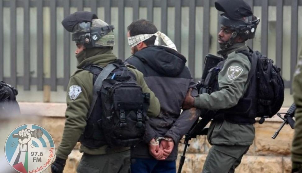 الاحتلال يعتقل أسيرين محررين شمال رام الله